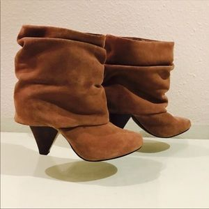 7.5 Taupe Steve Madden slouch booties